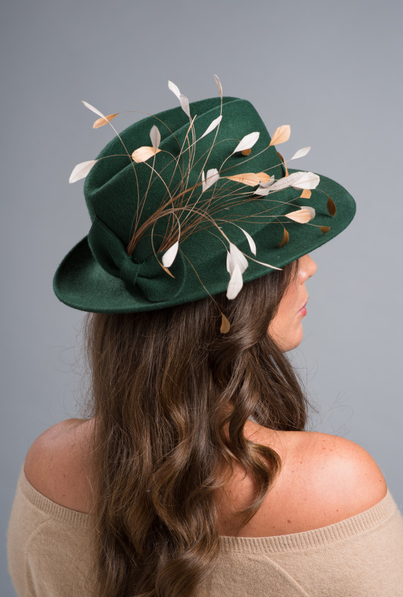 Green felt trilby adorned with gold and silver coque feathers